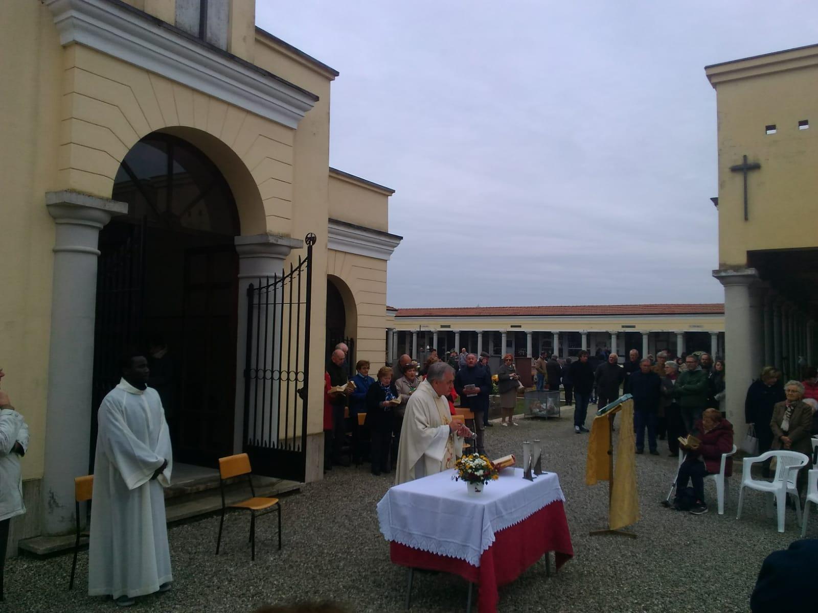 Messa Cimitero 1 Novembre 2019 (5)