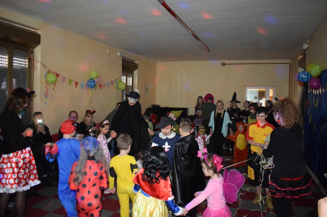 Scuola polcca Carnevale (11)