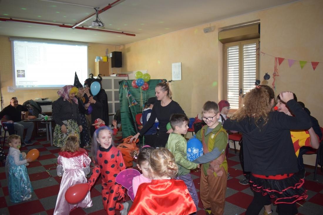 Scuola polcca Carnevale (15)