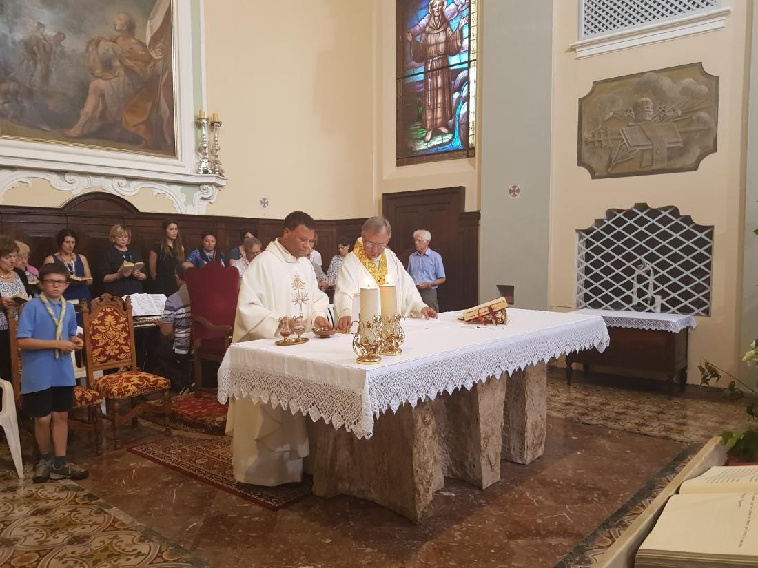 Santa Messa e Rinfresco Chiusura mese maggio 2018 (21)