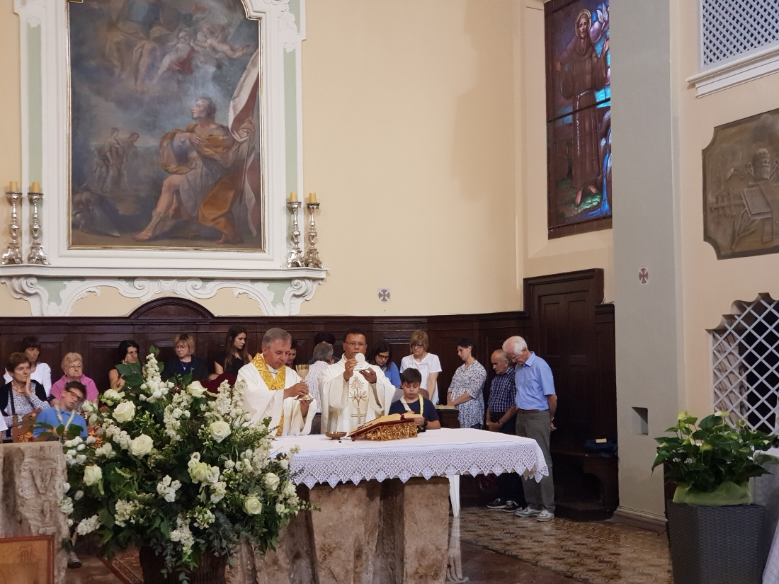 Santa Messa e Rinfresco Chiusura mese maggio 2018 (29)