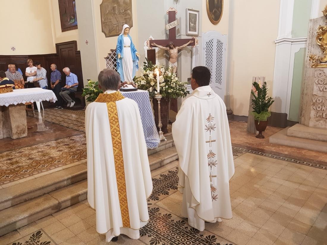 Santa Messa e Rinfresco Chiusura mese maggio 2018 (45)