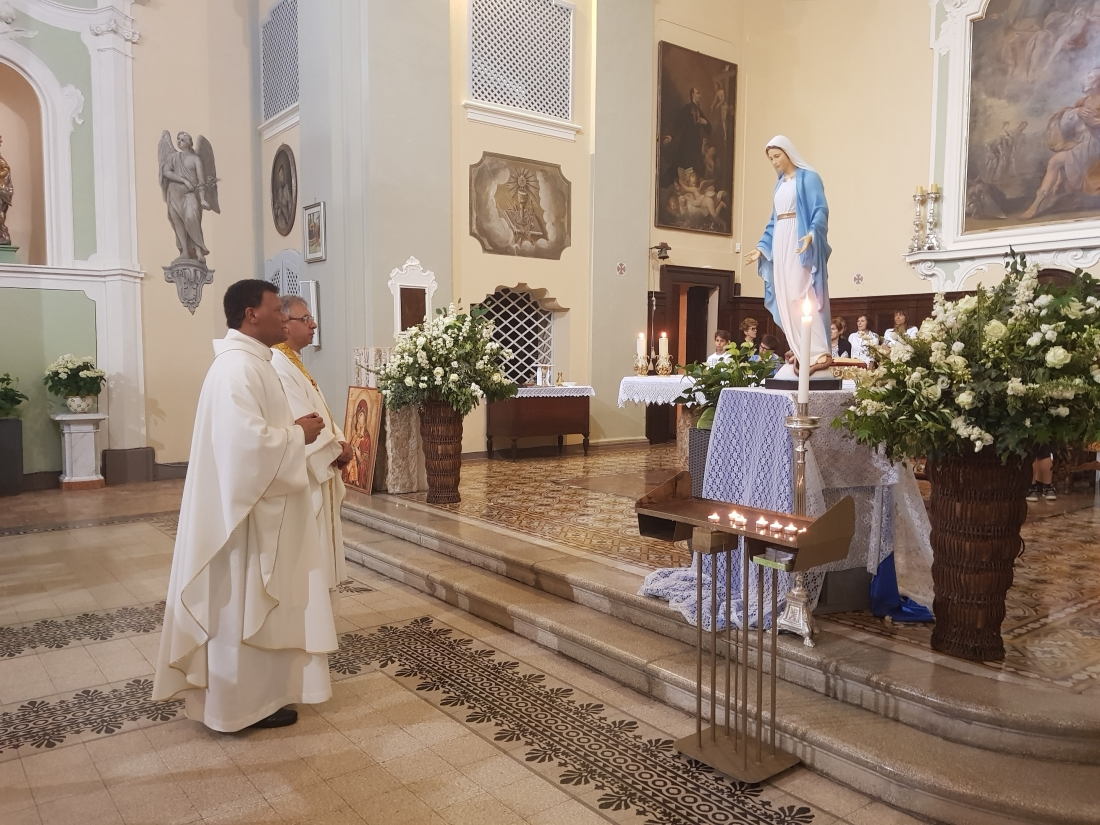 Santa Messa e Rinfresco Chiusura mese maggio 2018 (47)