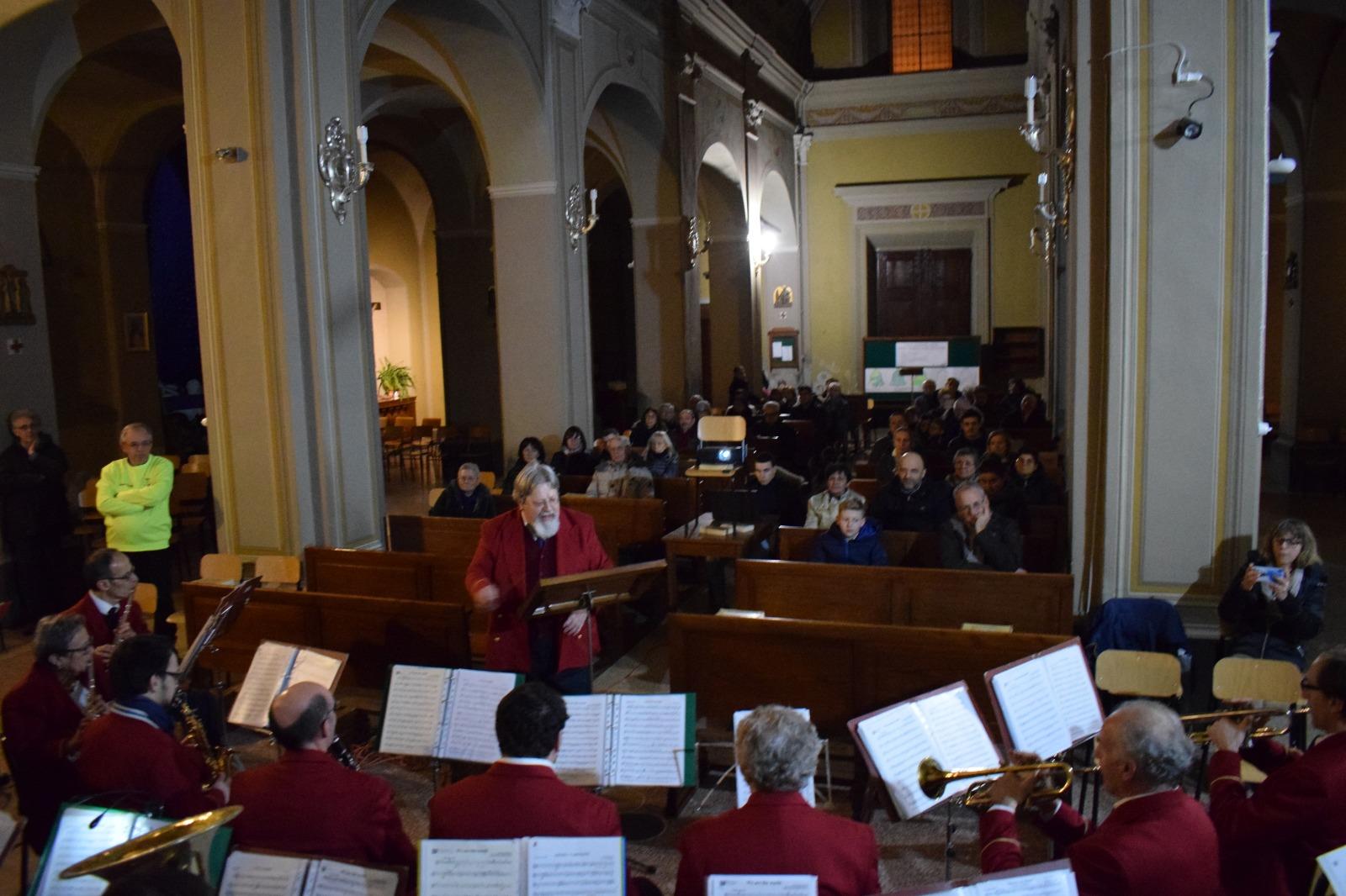 Concerto natale banda 2019 (14)