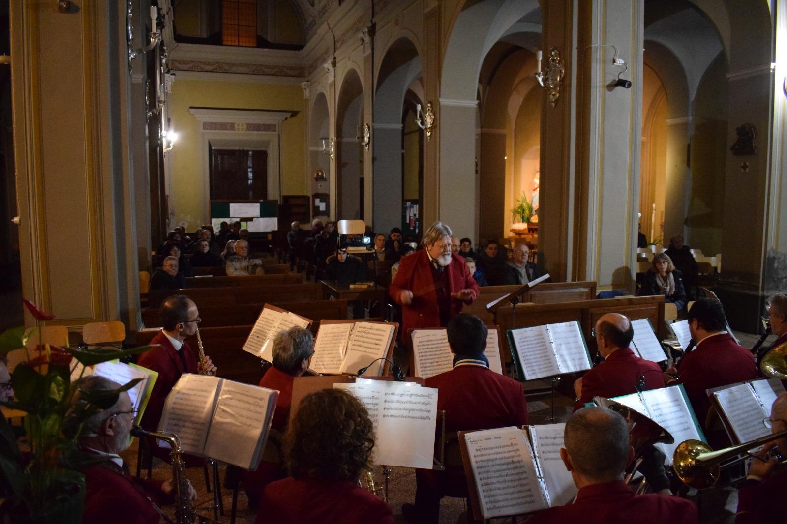 Concerto natale banda 2019 (9)