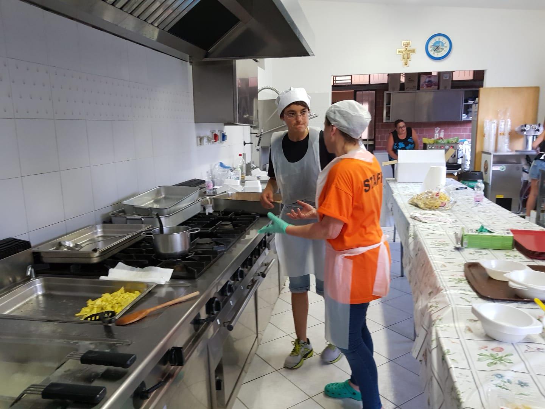 Volontari Cucina (13)