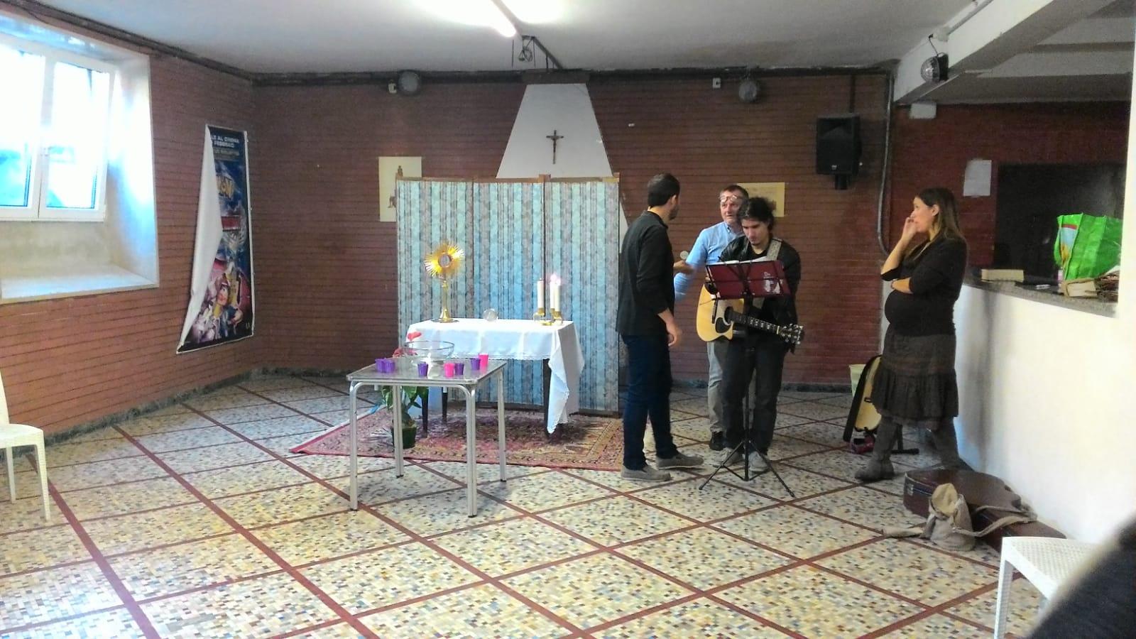 Gruppo di preghiera galleria riassuntiva (15)