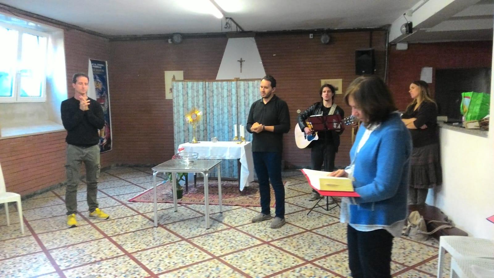 Gruppo di preghiera galleria riassuntiva (16)