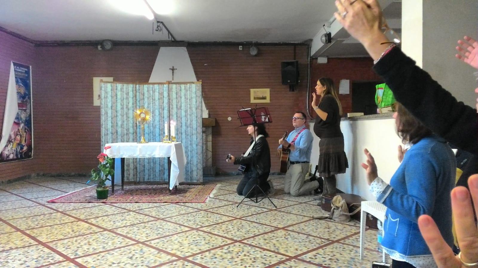 Gruppo di preghiera galleria riassuntiva (17)