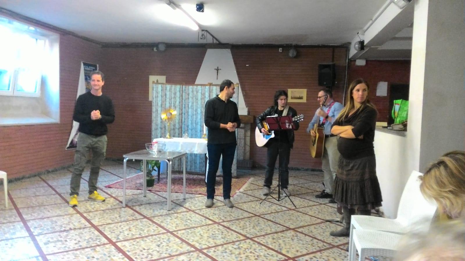 Gruppo di preghiera galleria riassuntiva (28)