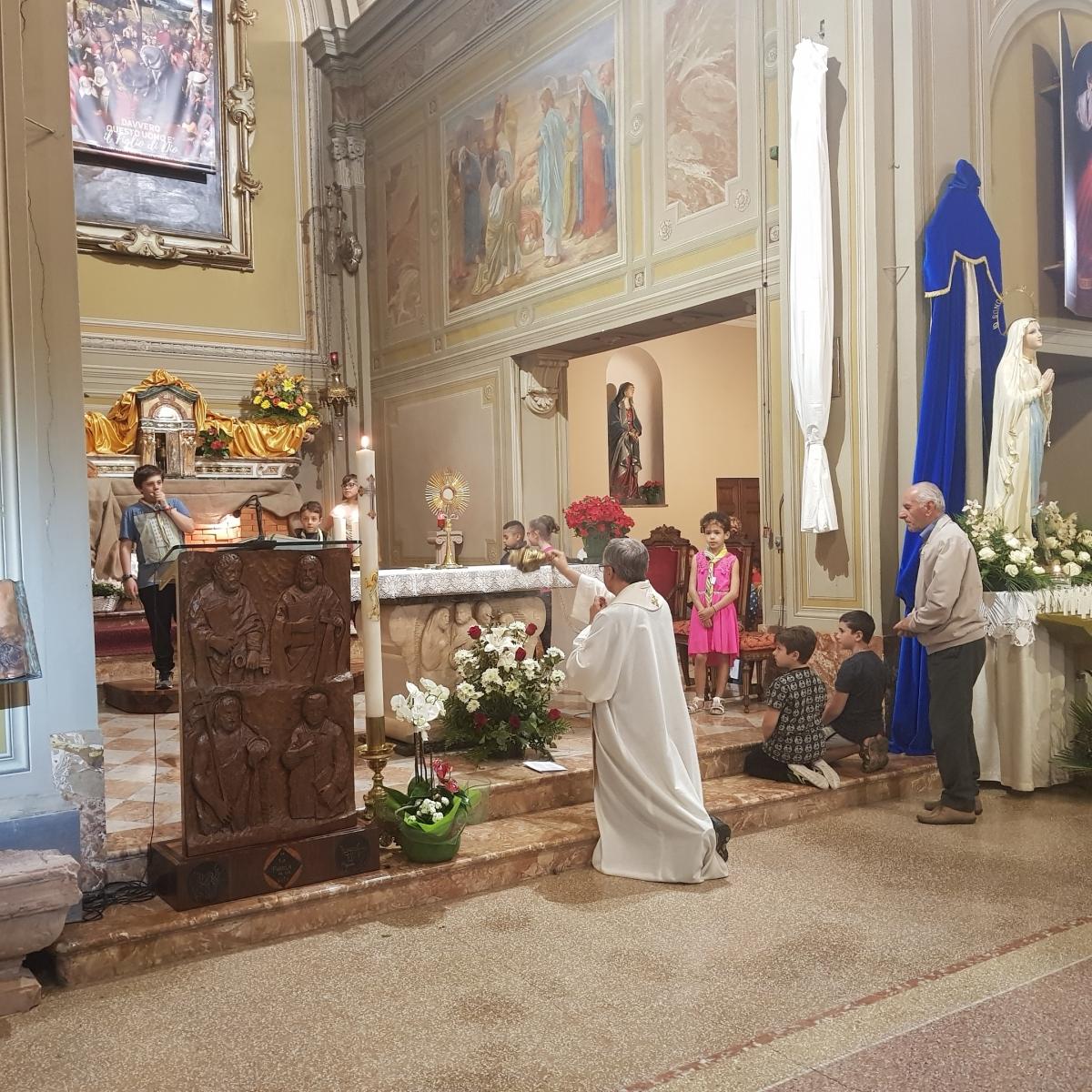 Benedizione eucaristica (7)