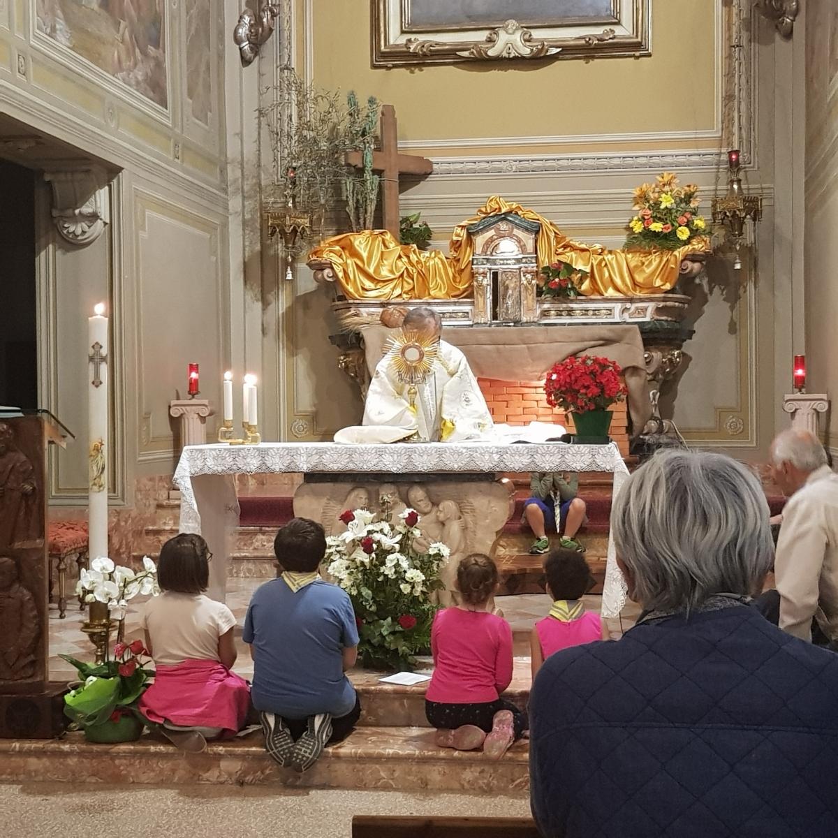 Benedizione eucaristica (8)