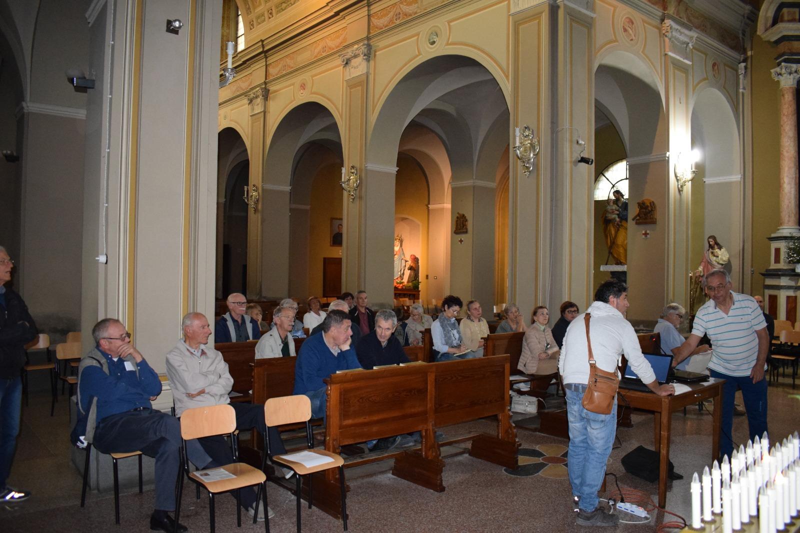 Presentazione dipinto Madonna in trono con santi (3)