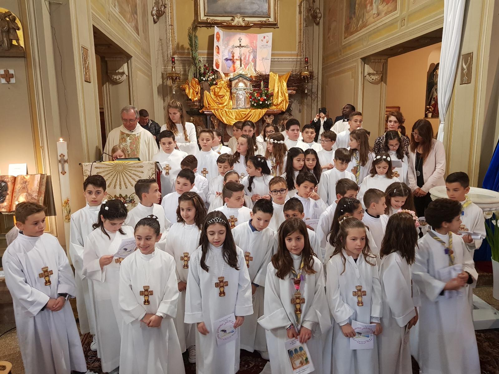 Santa Comunione 2019 (165)