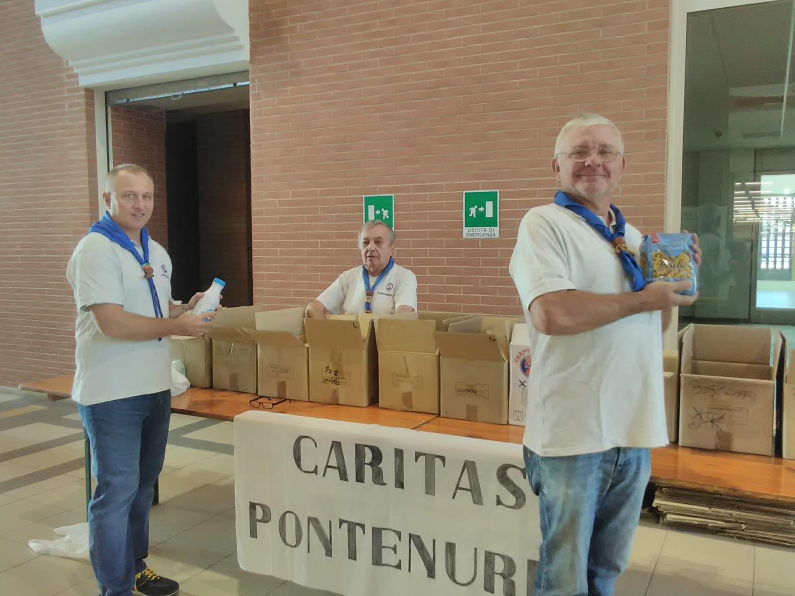 Raccolta Caritas (3)