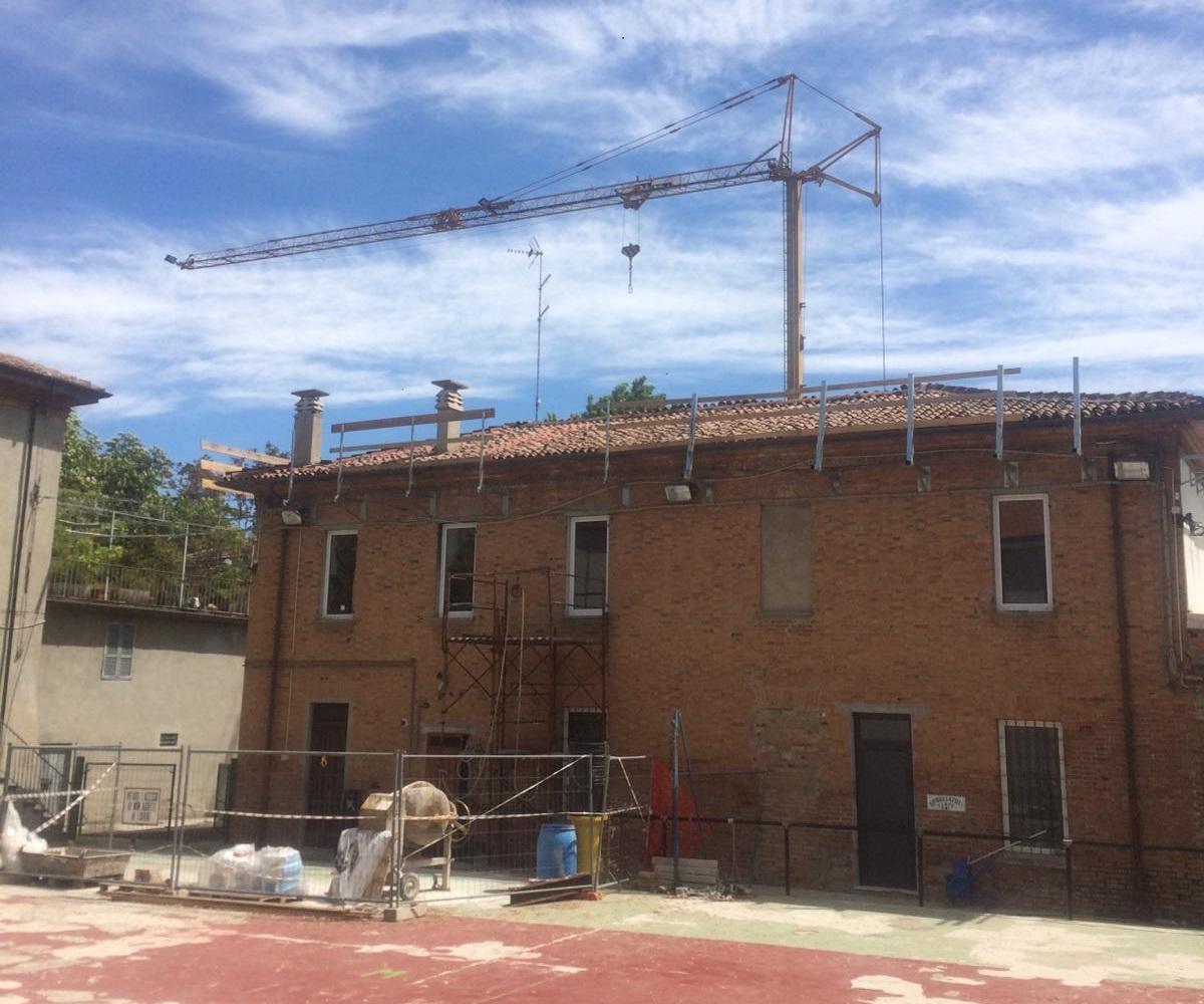 Rifacimento tetto palazzina (1)