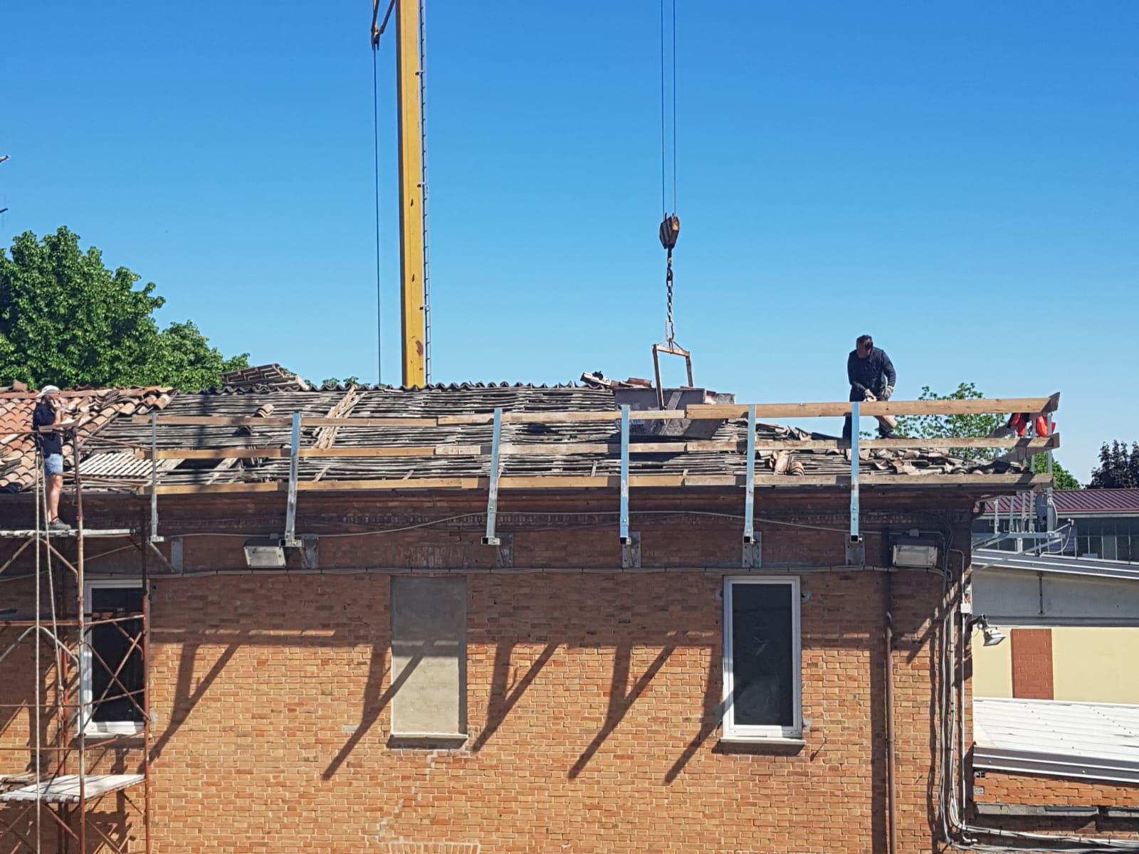 Rifacimento tetto palazzina (12)