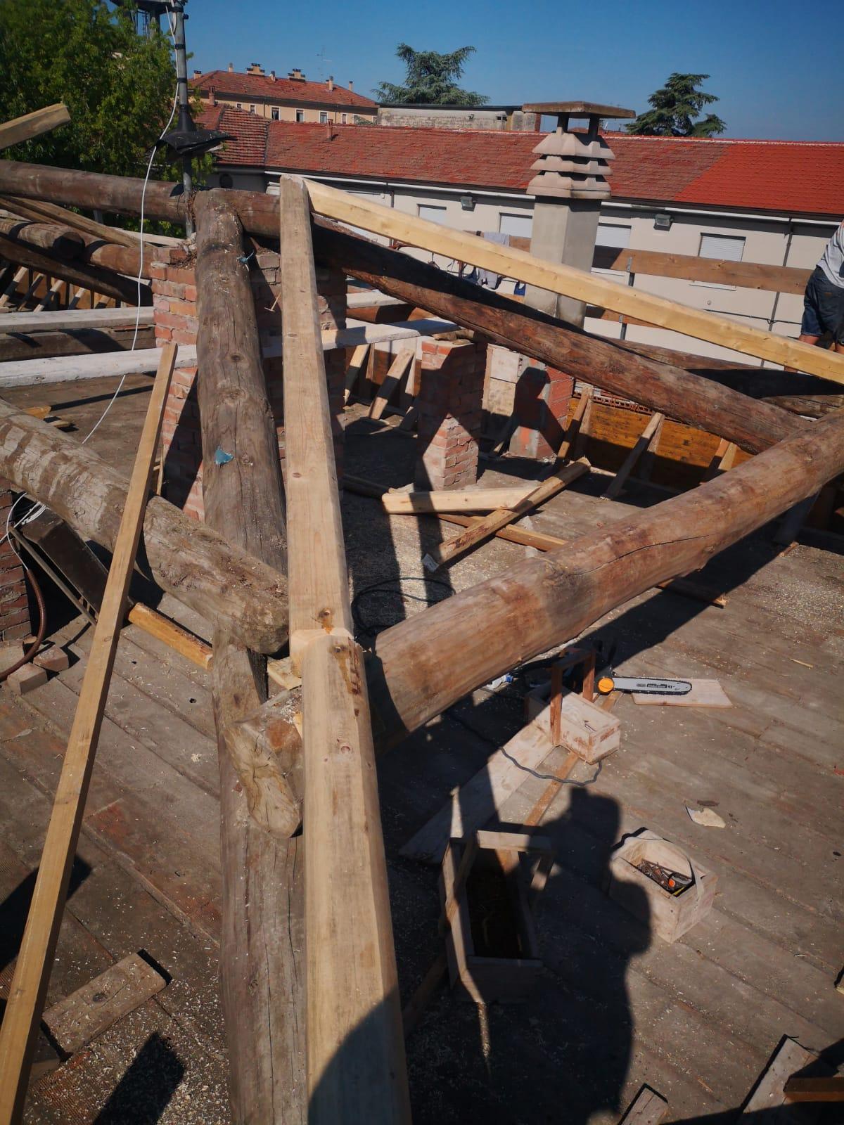 Rifacimento tetto palazzina (24)