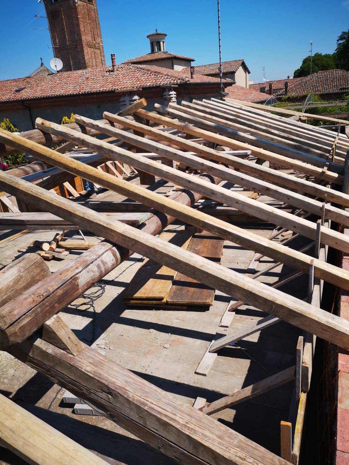 Rifacimento tetto palazzina (25)