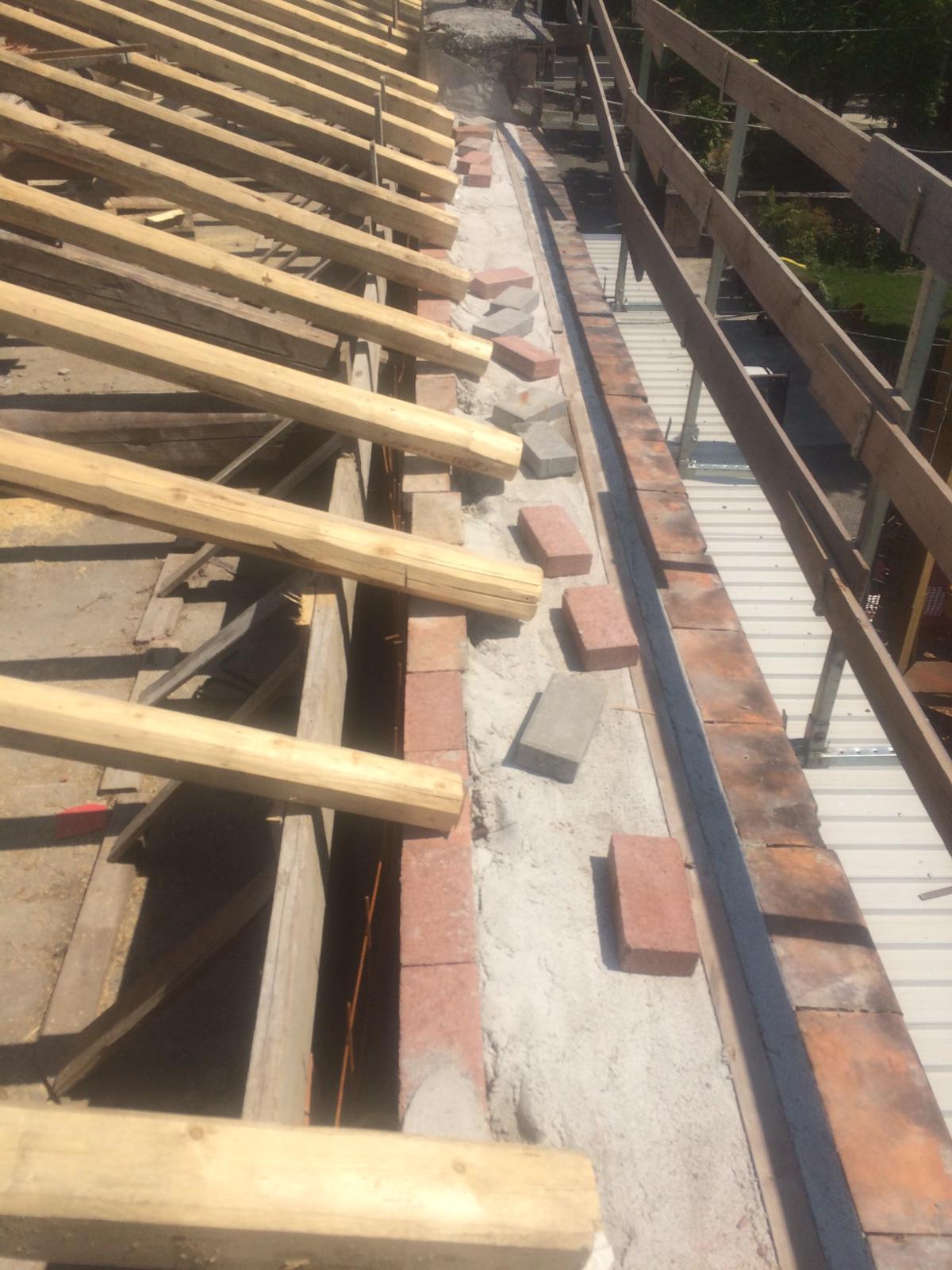 Rifacimento tetto palazzina (26)