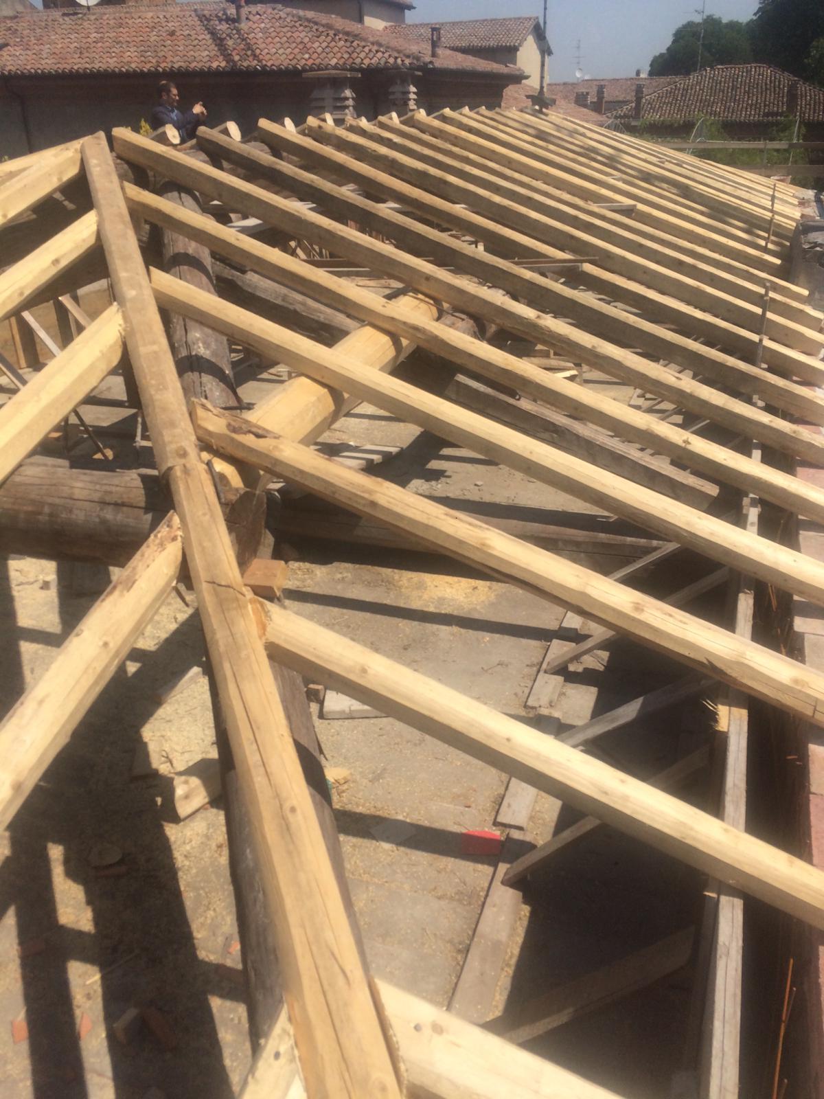Rifacimento tetto palazzina (27)