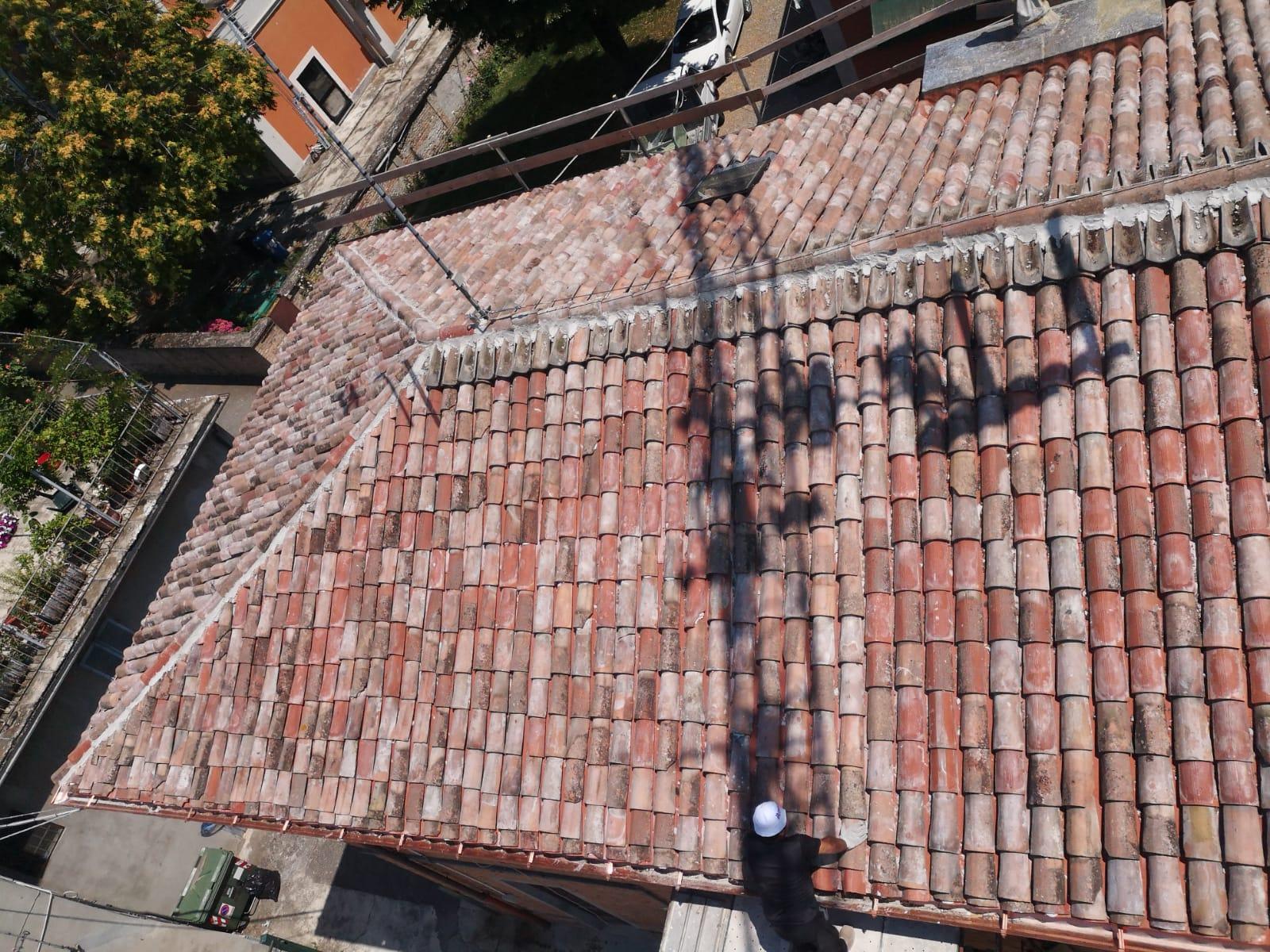 Rifacimento tetto palazzina (36)