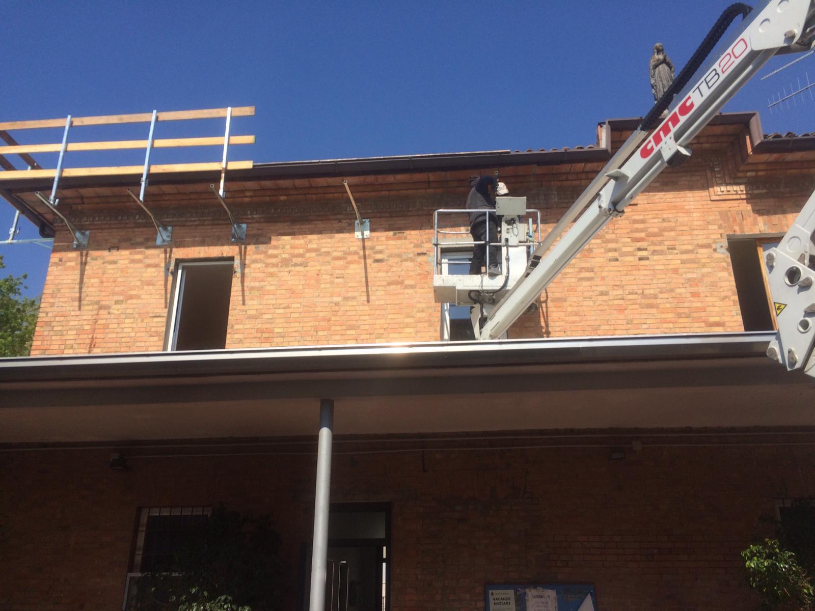Rifacimento tetto palazzina (4)