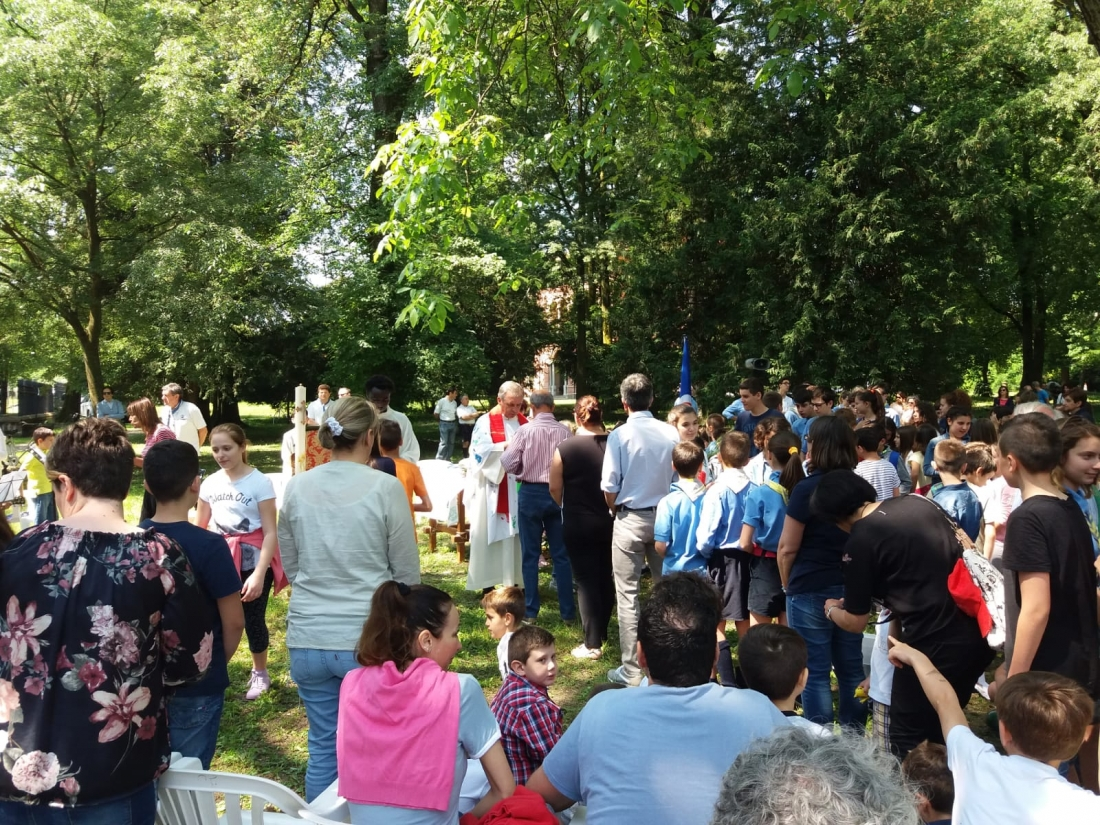 Messa al Parco Raggio Comunione (9)