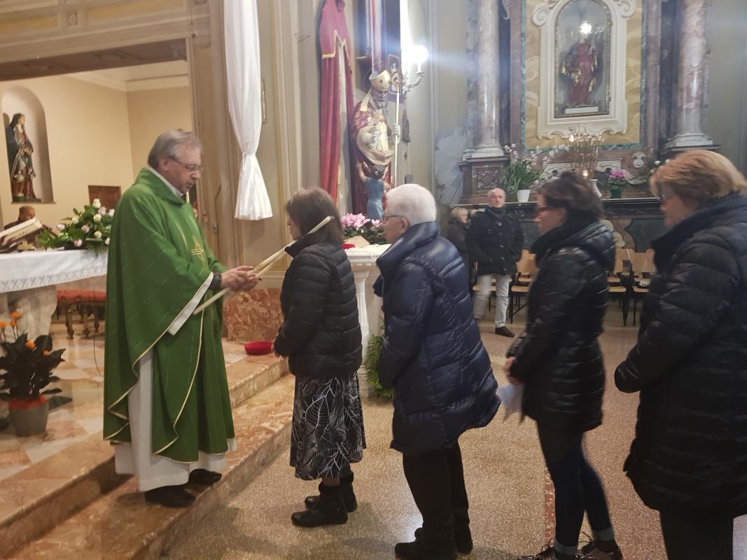 San_Biagio_2018_Benedizione_gola (12)
