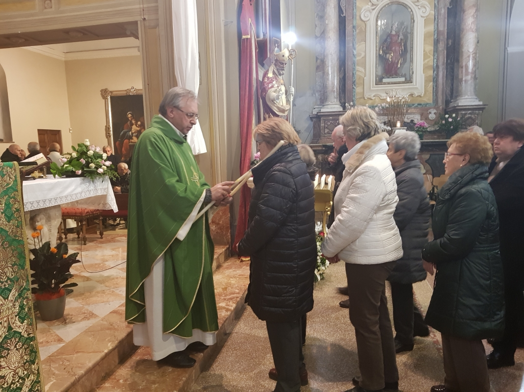 San_Biagio_2018_Benedizione_gola (16)