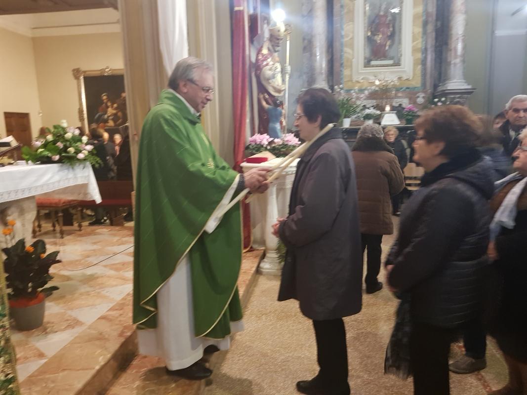 San_Biagio_2018_Benedizione_gola (17a)