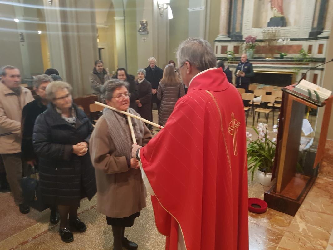 San_Biagio_2018_Benedizione_gola (2)