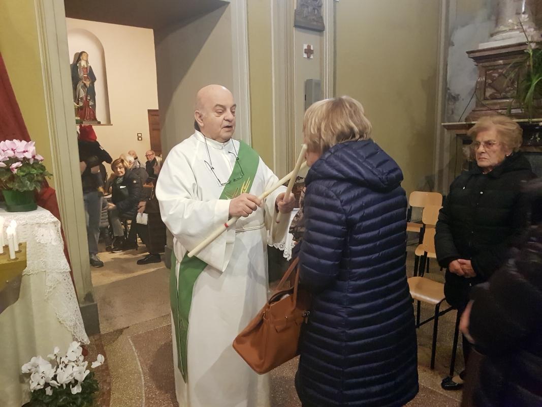 San_Biagio_2018_Benedizione_gola (21)