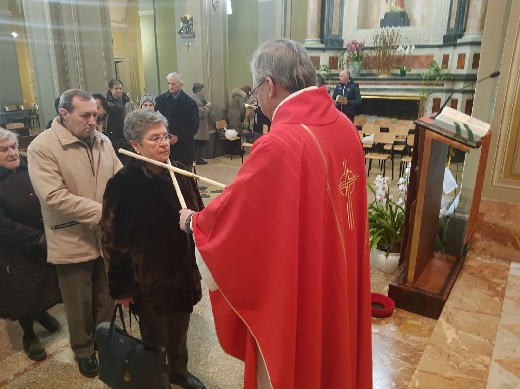San_Biagio_2018_Benedizione_gola (3)