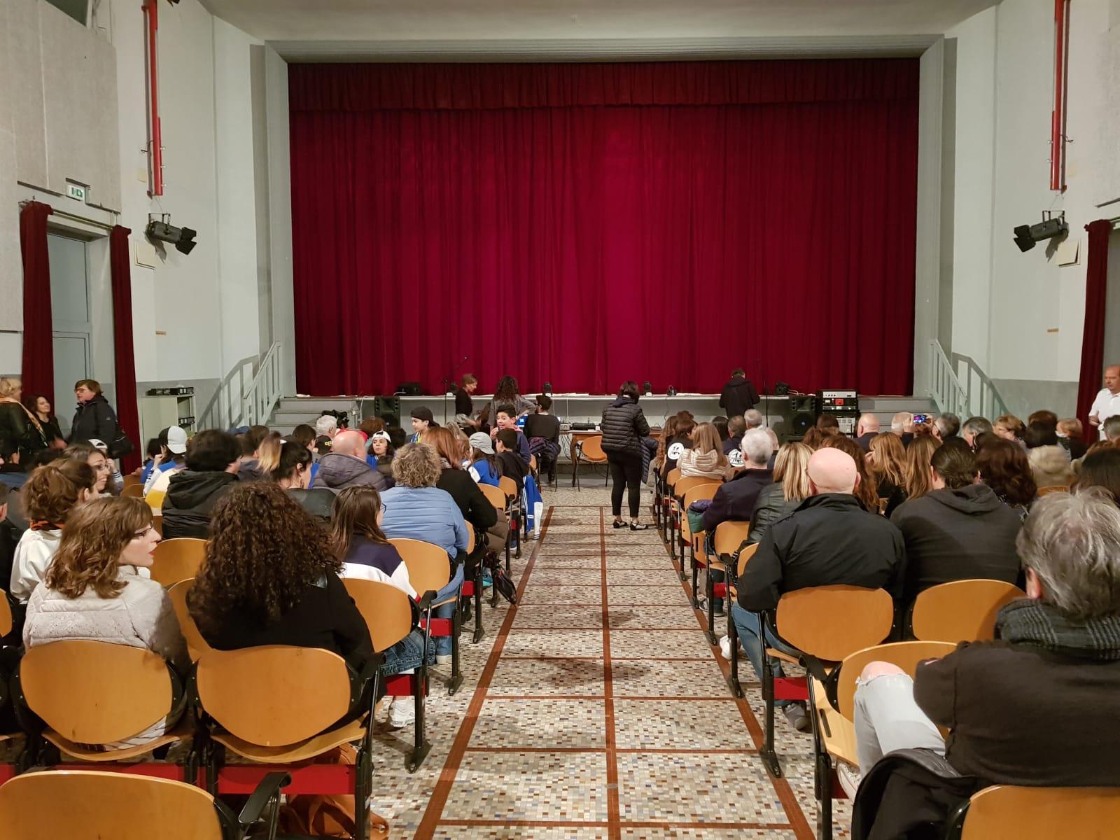 Spettacolo Teatrale Noi per l'OMI (1)