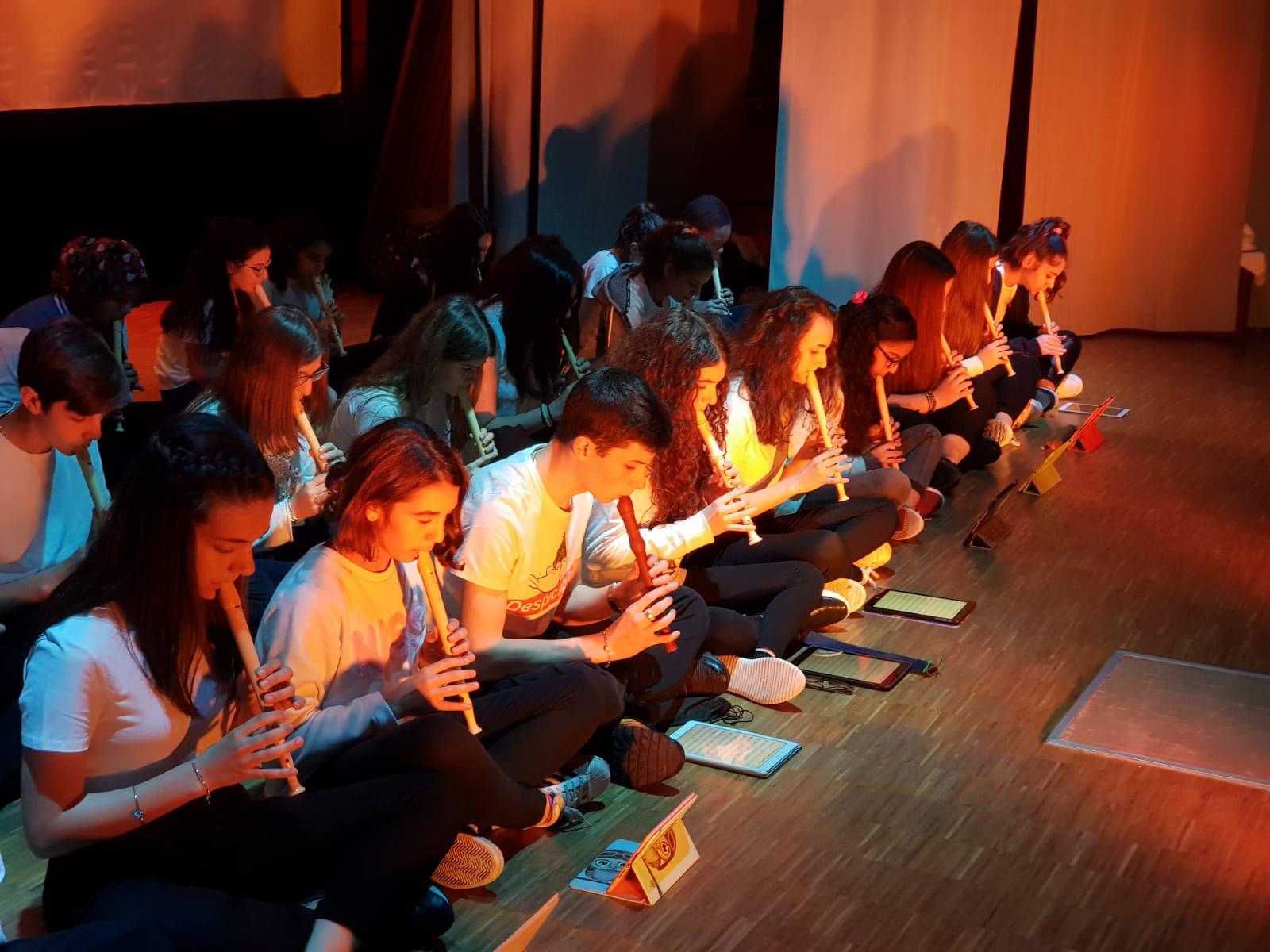 Spettacolo Teatrale Noi per l'OMI (10)