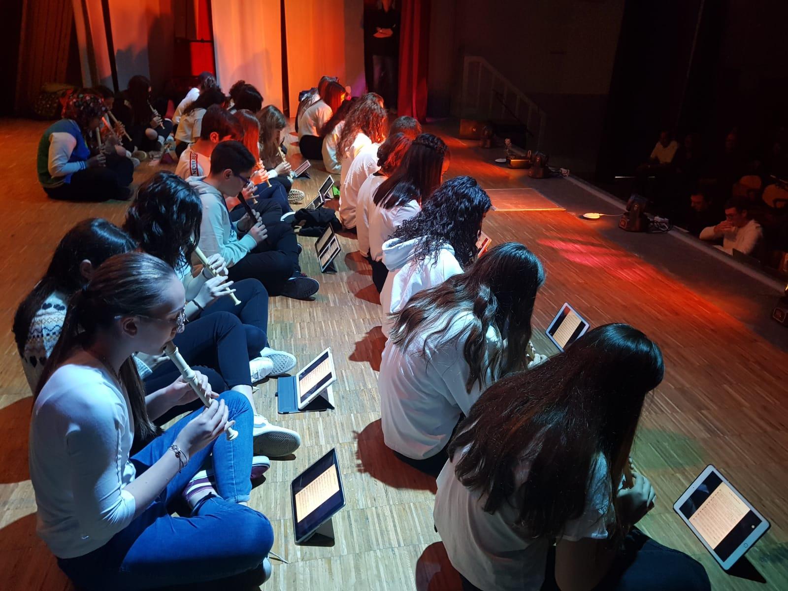 Spettacolo Teatrale Noi per l'OMI (15)