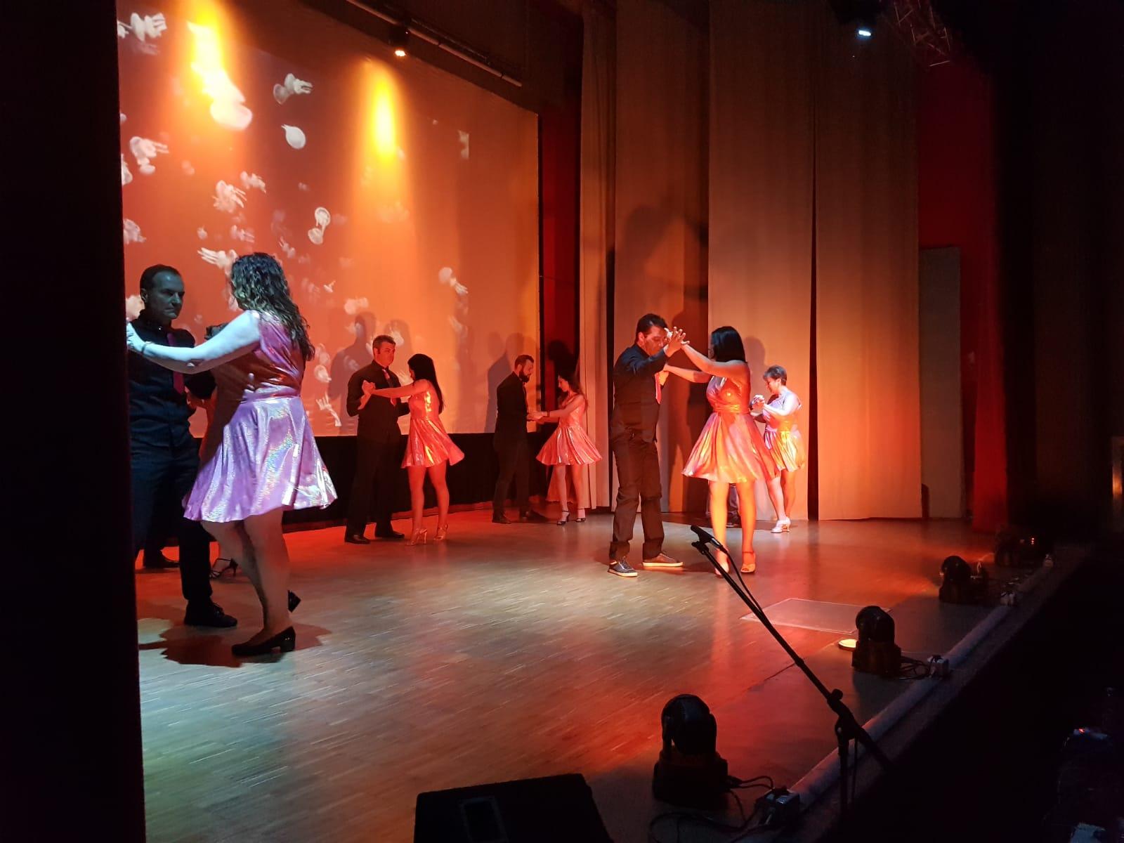 Spettacolo Teatrale Noi per l'OMI (16)