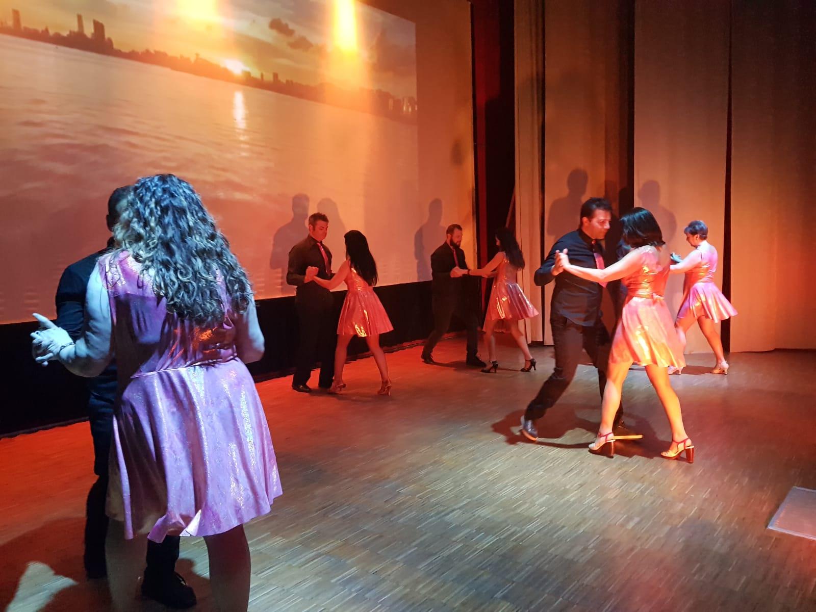 Spettacolo Teatrale Noi per l'OMI (17)