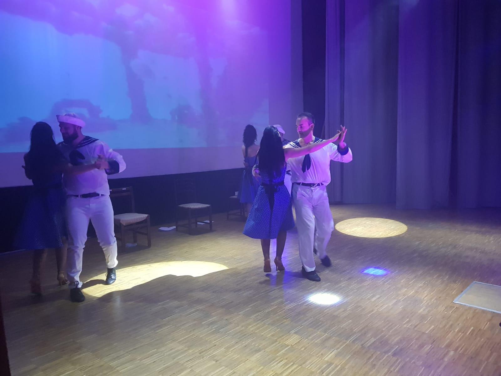 Spettacolo Teatrale Noi per l'OMI (39)