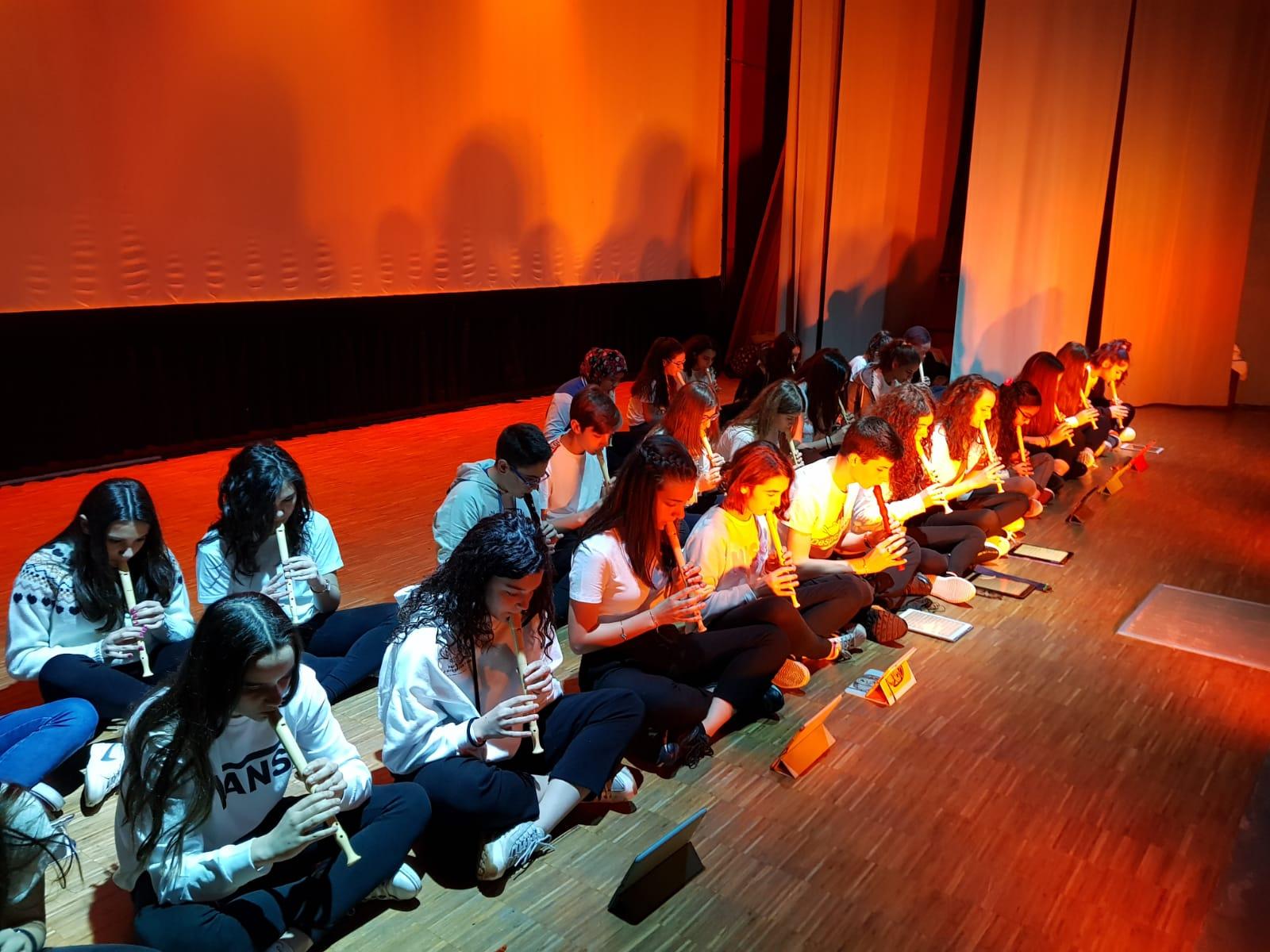 Spettacolo Teatrale Noi per l'OMI (9)