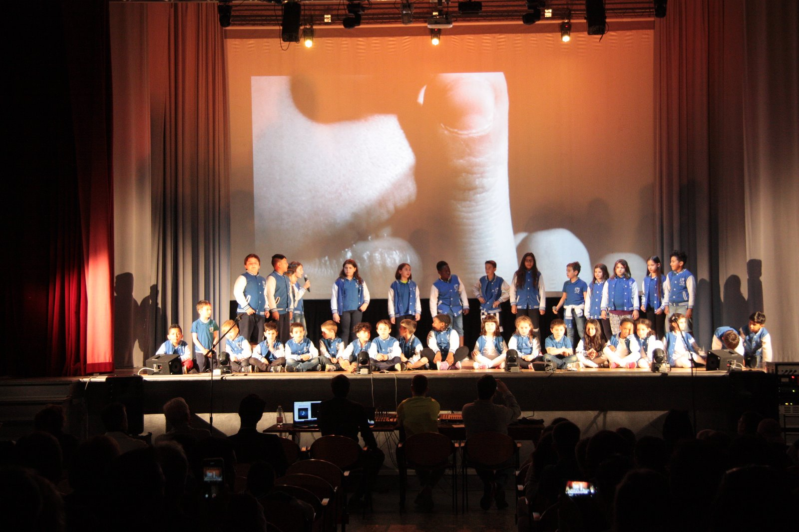 Spettacolo OMI Academy 2019 (42)