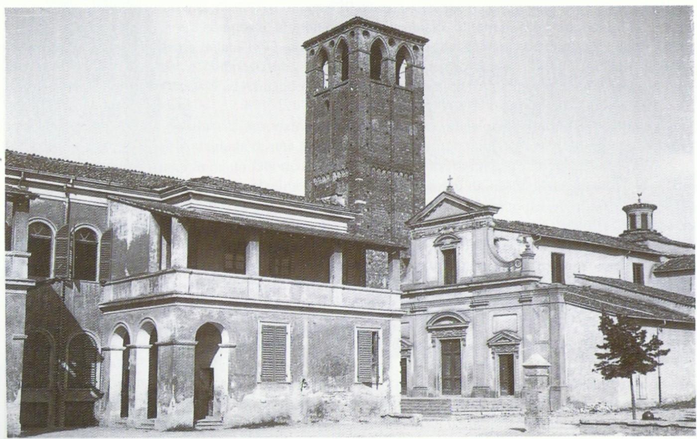 Un'immagine della Chiesa nella prima metà del Novecento. Sulla piazza davanti alla chiesa sono visibili le scuole elementari.