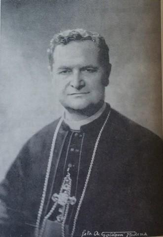 S.E. Monsignor Artemio Prati, mostro illustre concittadino. Vescovo di Carpi dal 1953 al 1983, si è spento a Piacenza alla venerabile età di 97 il 4 marzo 2003.