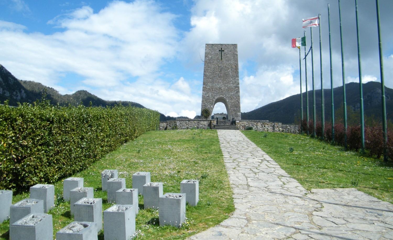L'Ossario che conserva i resti delle vittime della strage.