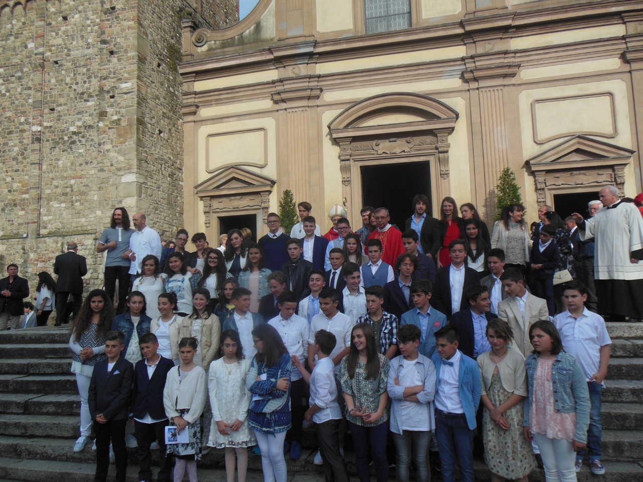 La Cresima ricevuta dal vescovo di Piacenza-Bobbio mons. Gianni Ambrosio, sabato 4 giugno 2016.